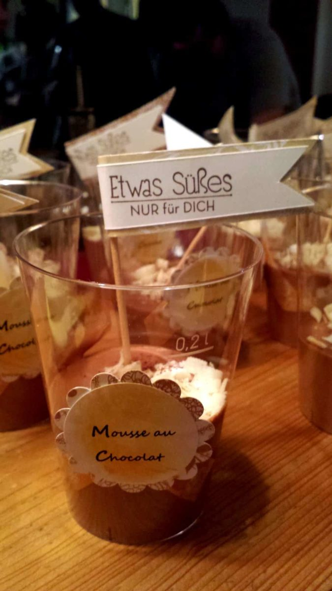 Nachspeise: Mousse au Chocolat