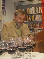 Günter Huth und die Rotwein-Signierstunde