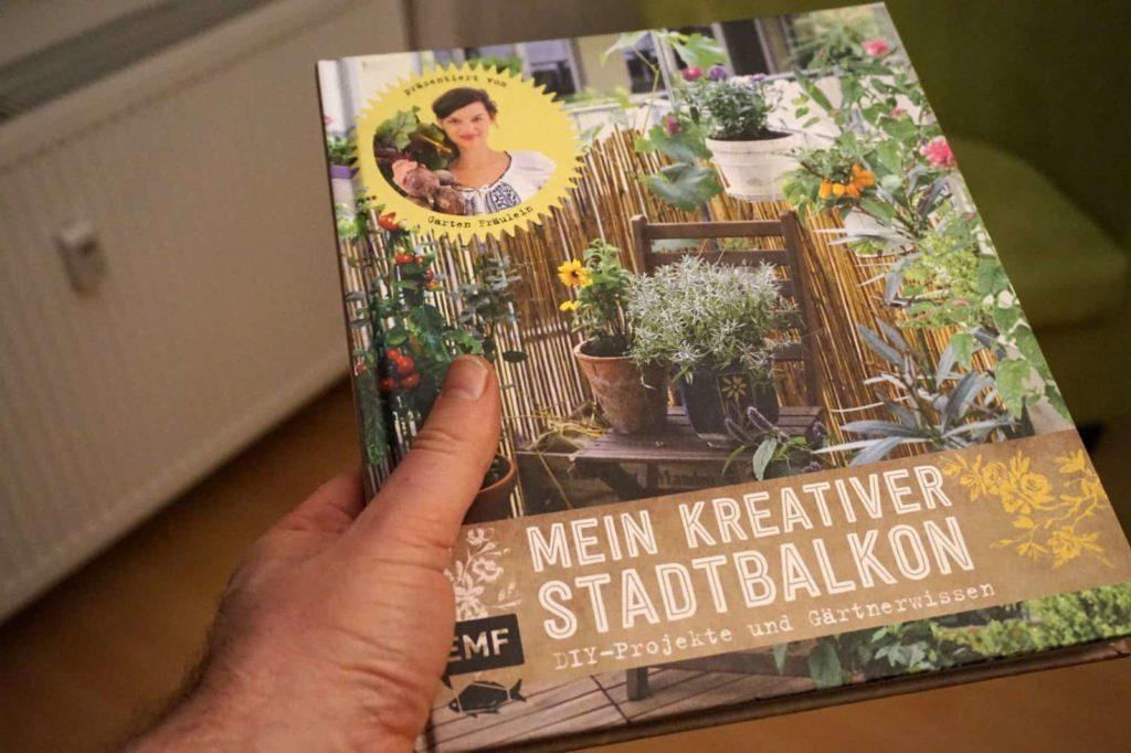 Mein Ihr kreativer Stadtbalkon und mein ungrüner Daumen.