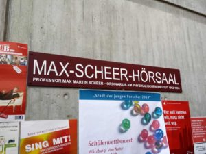 Der Max-Scheer-Hörsaal an der Physik-Fakultät der Uni Würzburg.