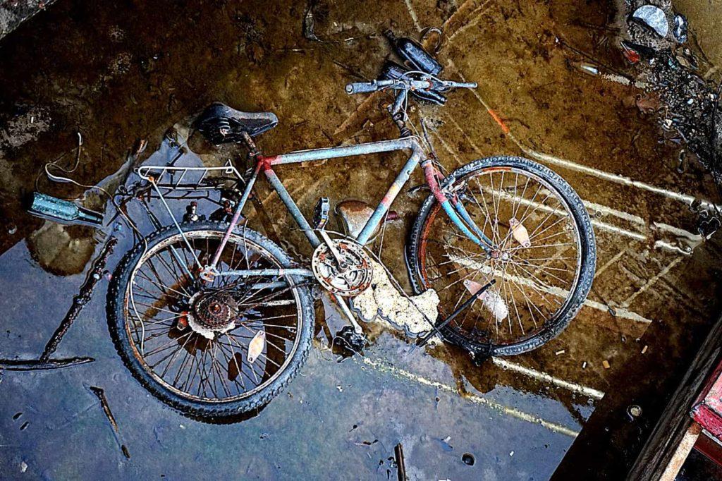 Fahrrad im Main