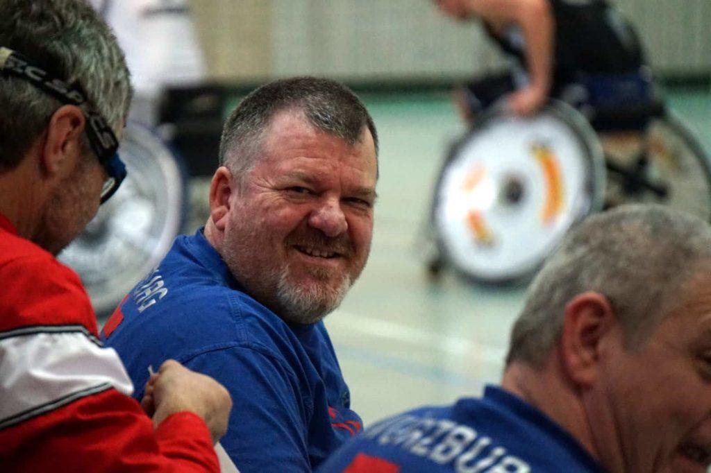 Trainer Gerd Herold war zufrieden mit dem Spiel gegen die Augsburger.
