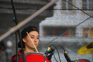 Wer Schlagzeug spielt, neigt zu ausdrucksstarker Mimik.