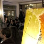 Lampe und Publikum im Vietelkultur.